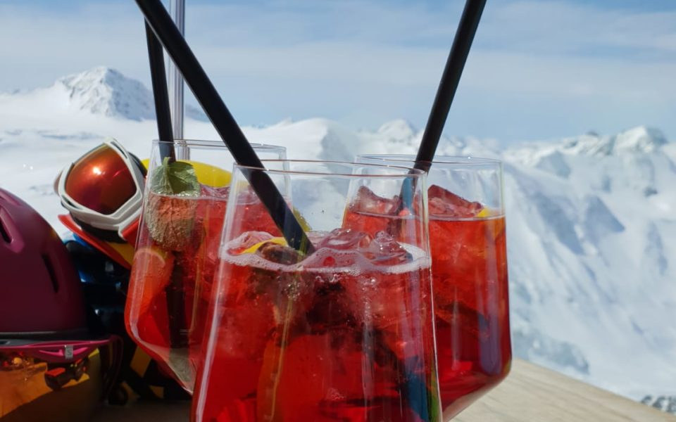 Aperol auf Terrasse Pitztaler Gletscher